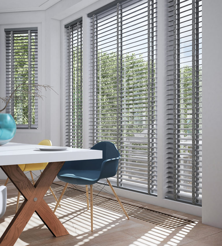 Venetian blinds grey