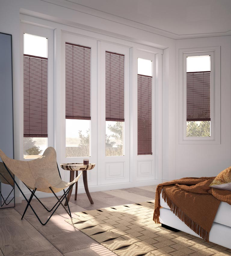Venetian blinds red